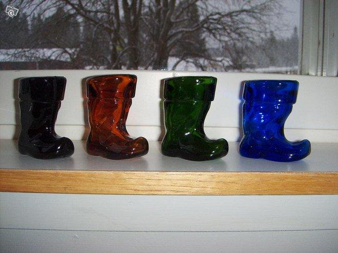 Riihimäen lasin värilliset lasisaappaat