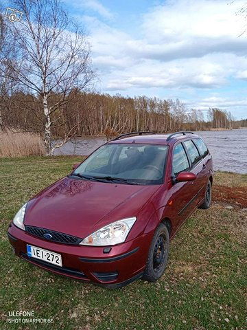 Ford Focus 1.6 Ambiente Wagon 2
