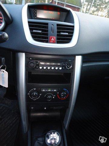 Peugeot 207 17