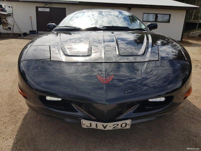 Pontiac Firebird 4