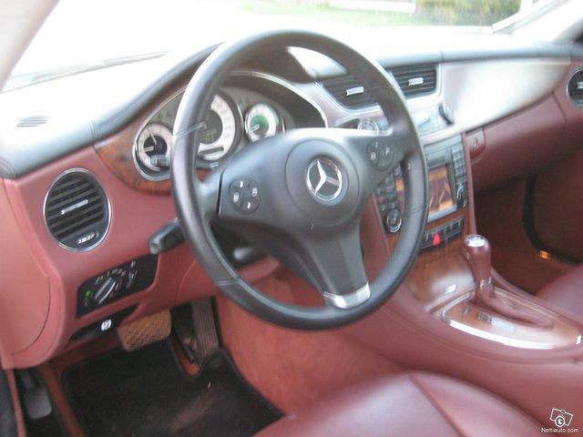 Mercedes-Benz CLS 8