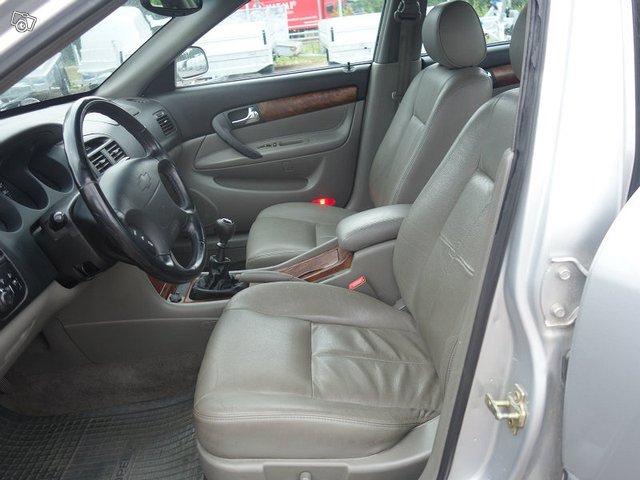 Chevrolet EVANDA 6