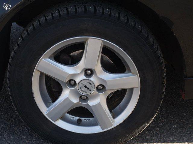 Chevrolet KALOS 8