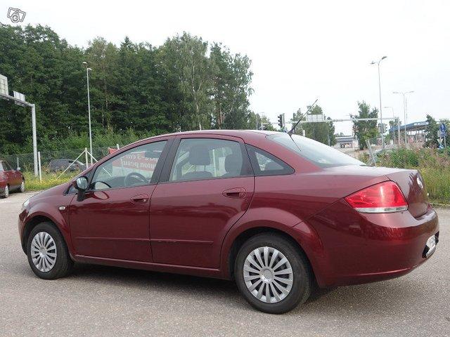 Fiat LINEA 4
