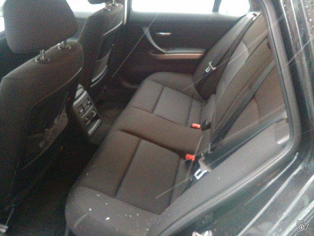 BMW 318 TDI 2.0 Farmari 6