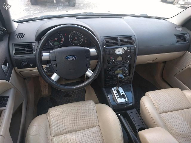 Ford Mondeo 2.5 STW Automatic 6