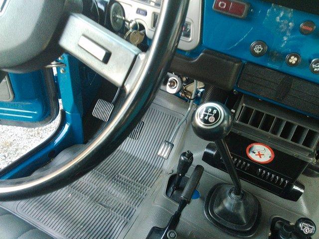 Toyota BJ42 L Land Cruiser 19