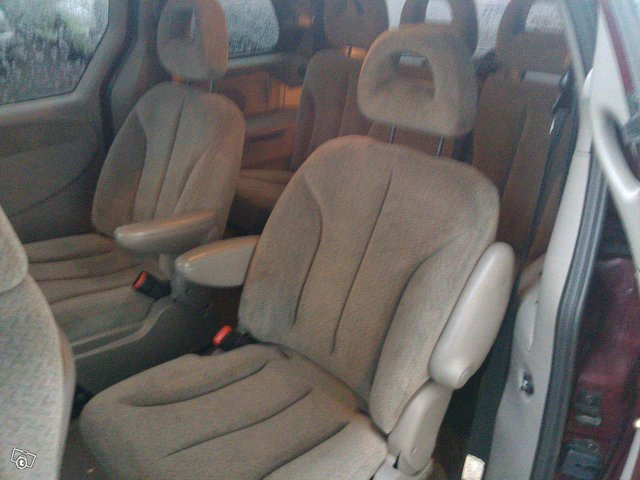Chrysler Voyager 2.4 Automatic 7-heng 8