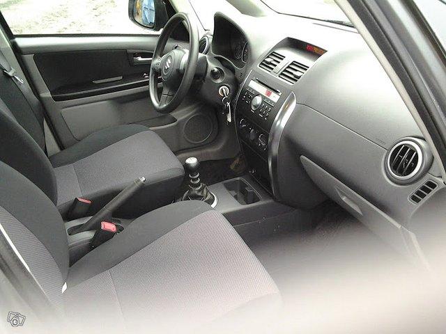 Suzuki SX4 3