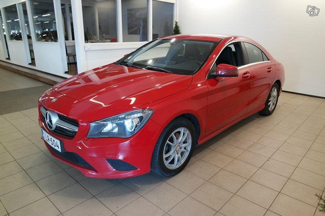 MERCEDES-BENZ CLA 4