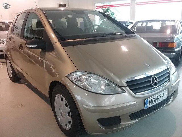 Mercedes-Benz A 4