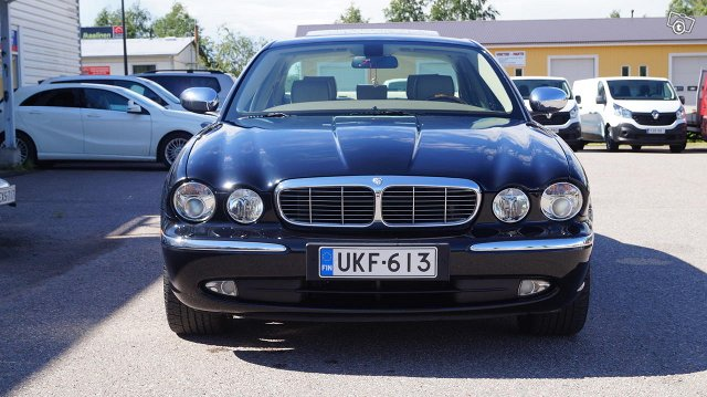 Jaguar XJD 3