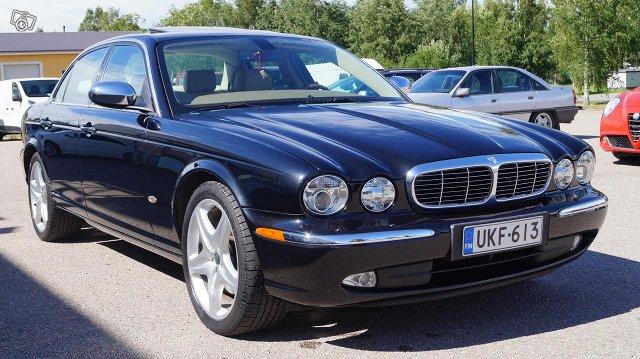 Jaguar XJD 6