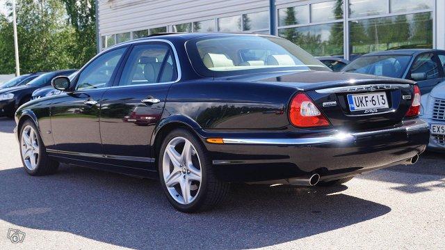 Jaguar XJD 8