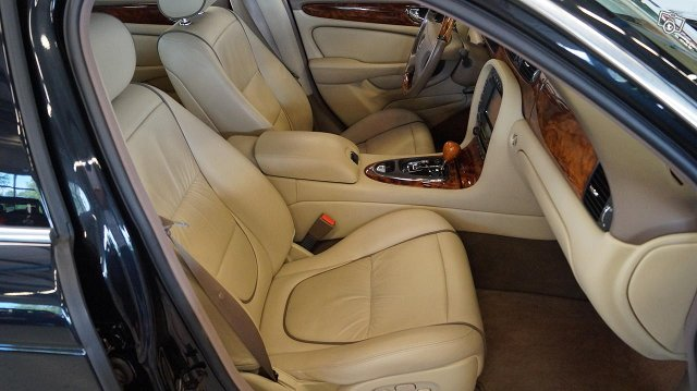 Jaguar XJD 12