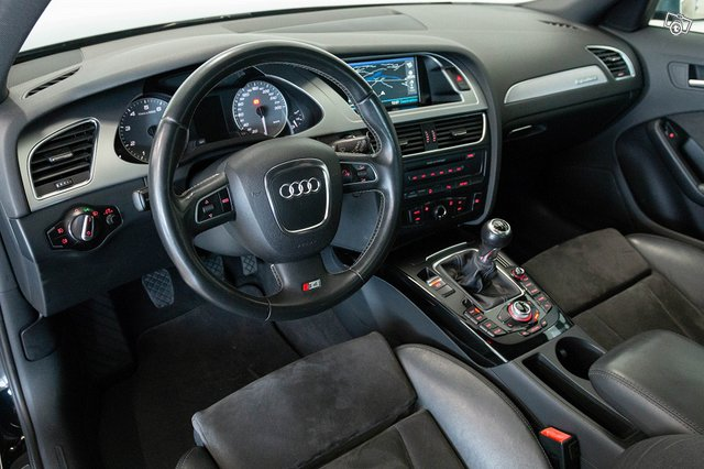 Audi S4 10