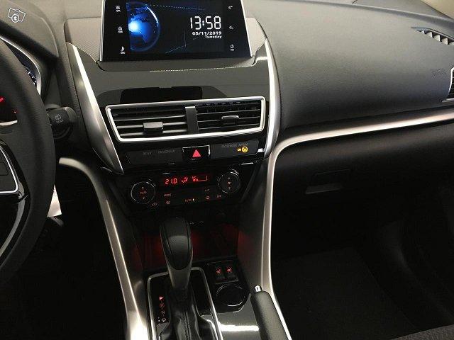 Mitsubishi Eclipse Cross 6