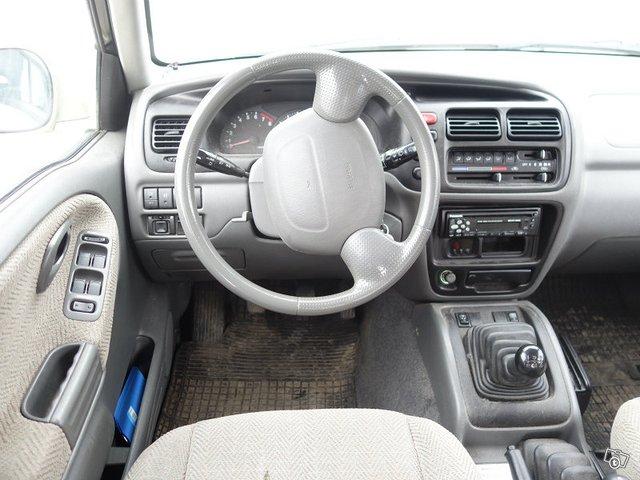 Suzuki GRAND VITARA 5