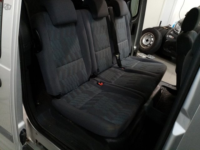 Ford Tourneo Connect 10