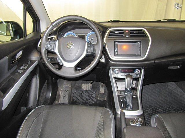 Suzuki SX4 6