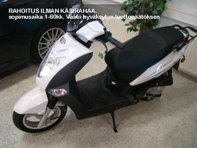 Trimax HL50QT