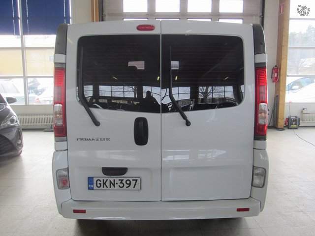 Nissan Primastar 6