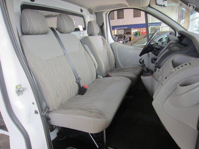 Nissan Primastar 8