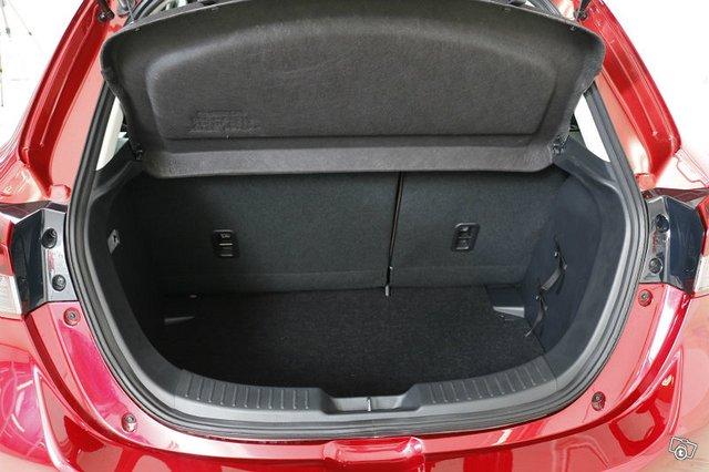 Mazda 2 5