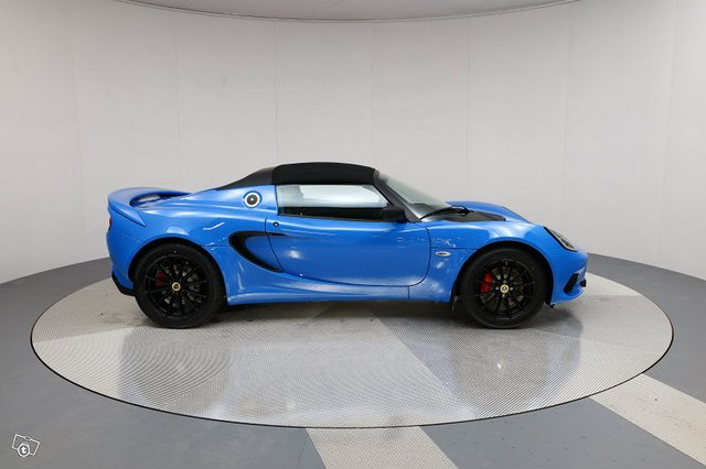 Lotus Elise Sport 220 6