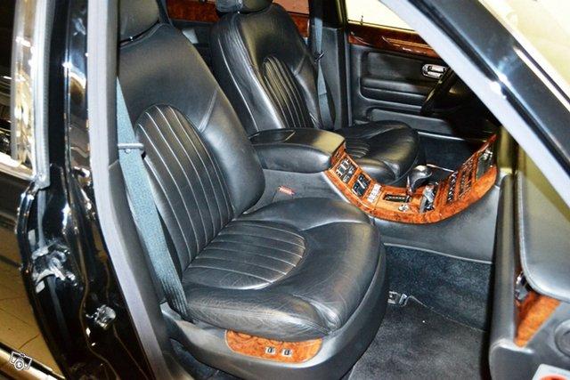 Bentley Arnage 5