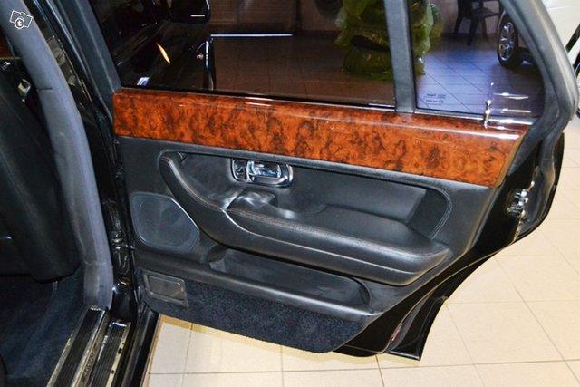 Bentley Arnage 9