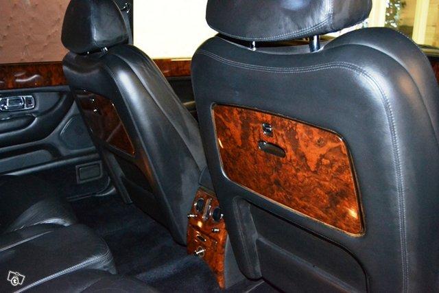 Bentley Arnage 10