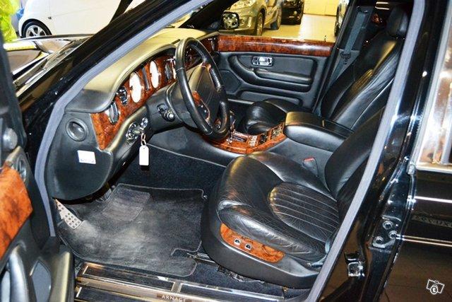 Bentley Arnage 17