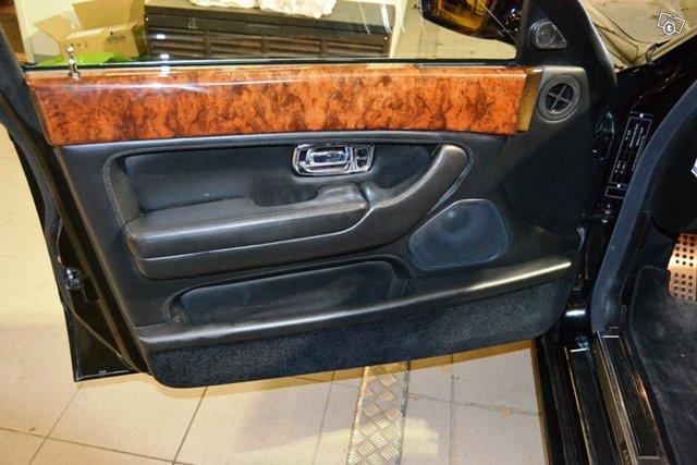 Bentley Arnage 19