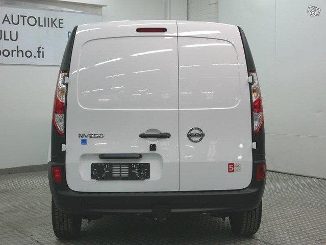 NISSAN NV250 4