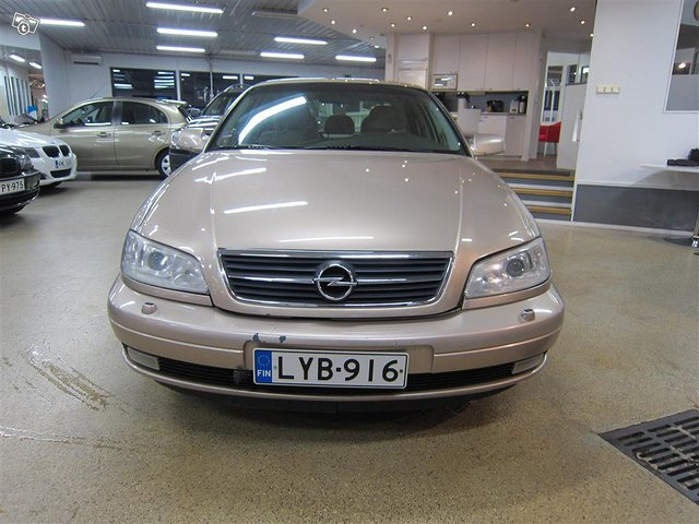 Opel Omega 2