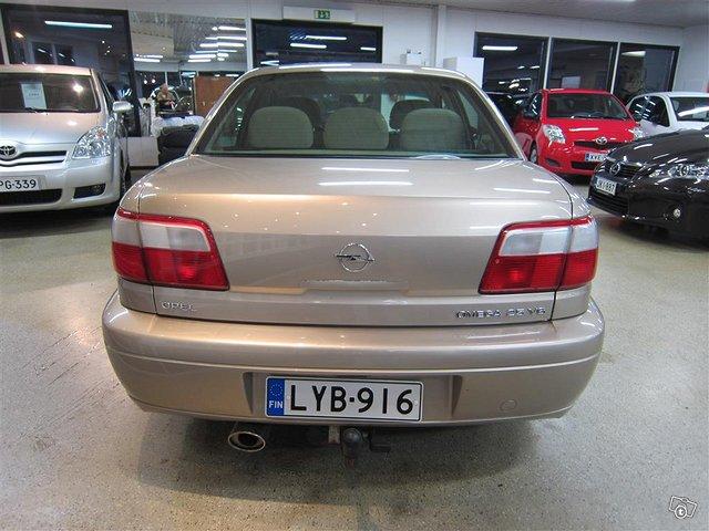Opel Omega 4