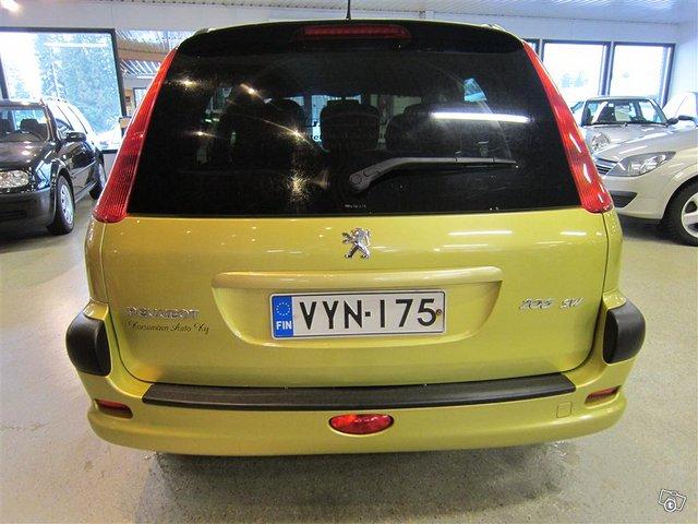 Peugeot 206 4