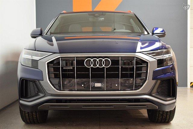 Audi Q8 2