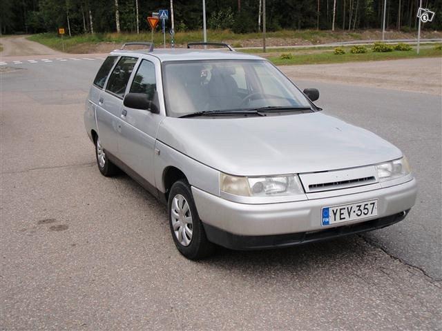 Lada-VAZ 111 2
