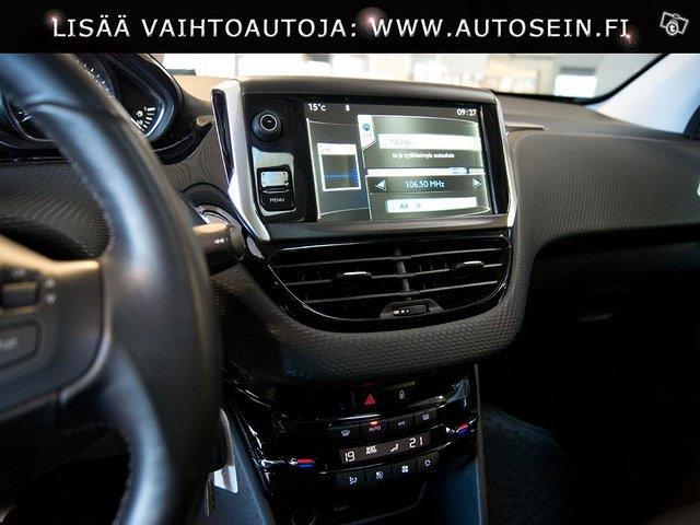 Peugeot 2008 7