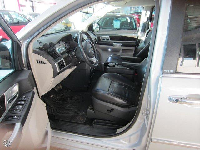 Chrysler Voyager 5