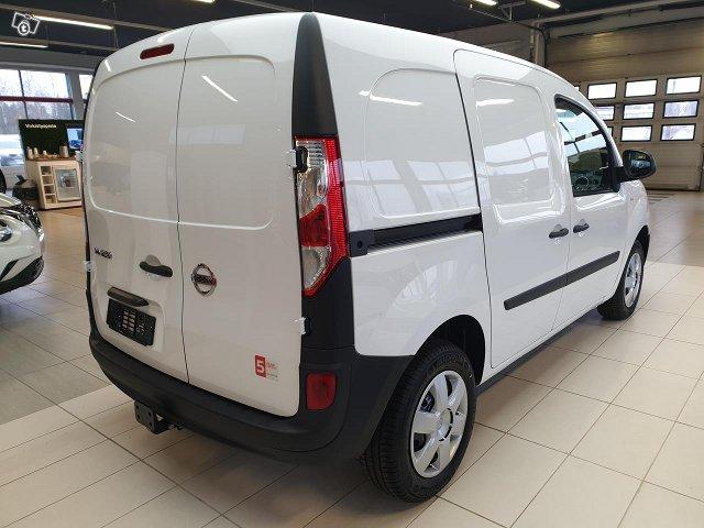 Nissan NV250 3