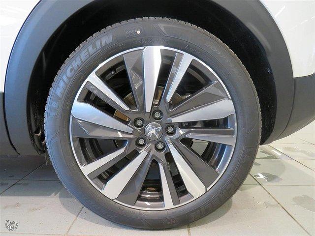 Peugeot 3008 14