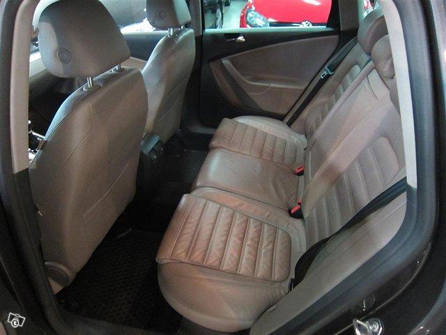 Volkswagen Passat 4x4 8
