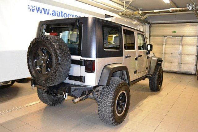Jeep Wrangler 10