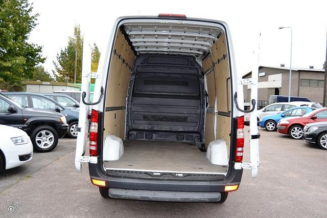 Mercedes-Benz Sprinter 4