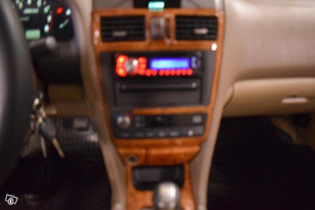 Nissan Maxima 9