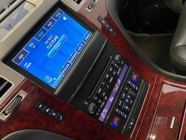 Cadillac Escalade 8
