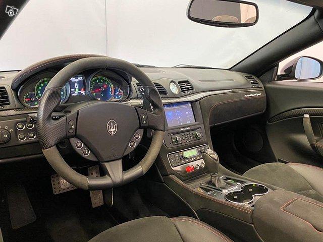 Maserati GranCabrio 9